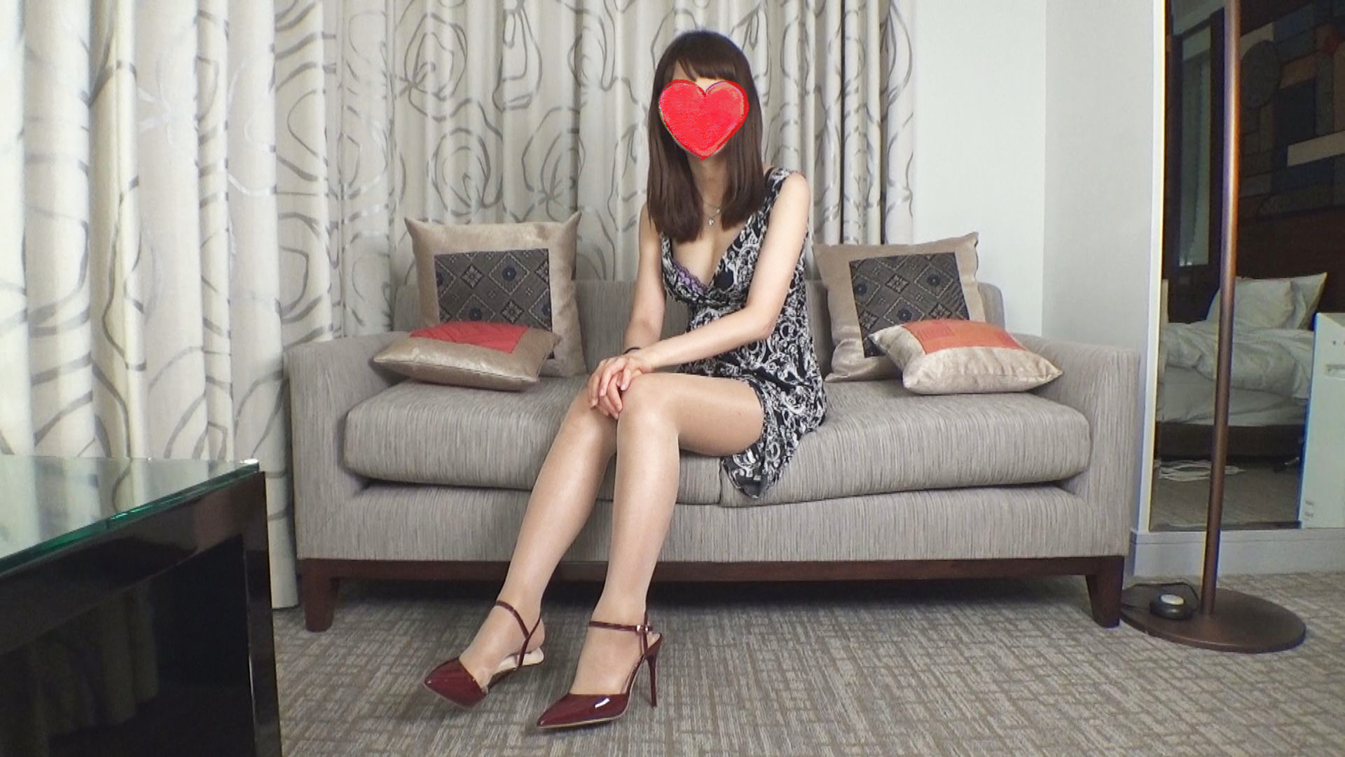 FC2 PPV 1185820 Pregnant 6-month pregnant woman ❤ Face Barre NG ❤ Absolute secret private pantyhose photo